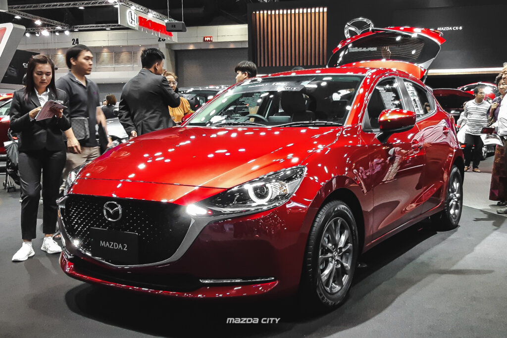 NEW MAZDA2 Hatchback สี Soul Red Cystal