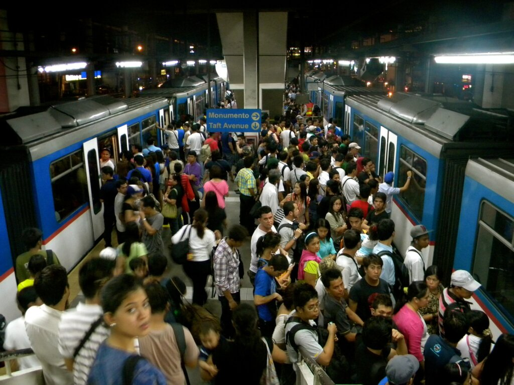 overcrowded in train station
