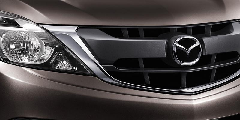 Mazda_BT-50_PRO_AW-01
